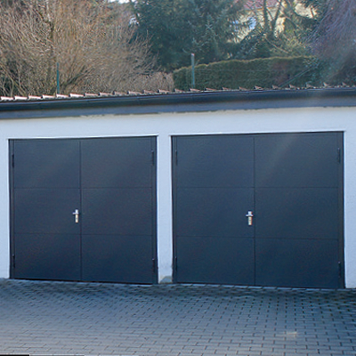 Garagentor mit tür modern  Garagentore - individuelle Lösungen von RUKU